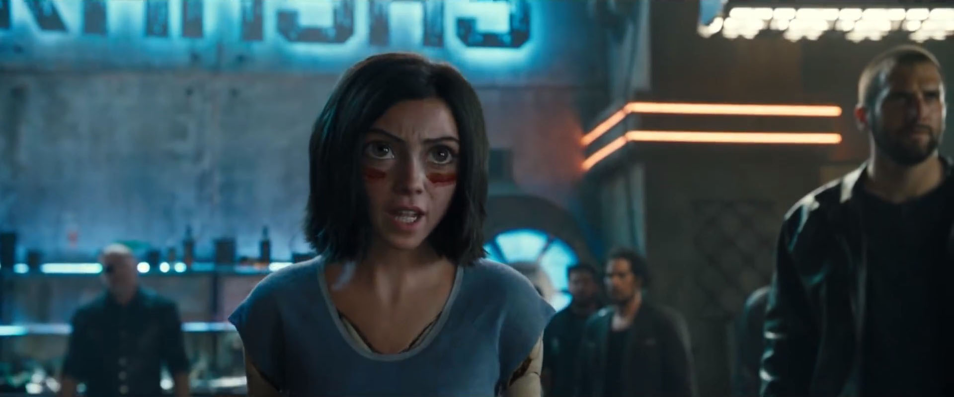 Alita Battle Angel Trailer Finally Gives Us A Look At