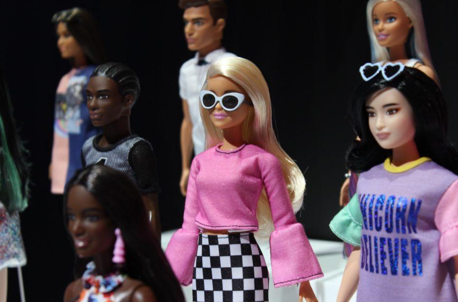 Greta Gerwig, Noah Baumbach step up to script Barbie movie