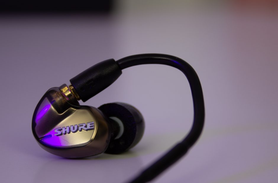 shure se535 earbud review worth every cent the nerdy. Black Bedroom Furniture Sets. Home Design Ideas