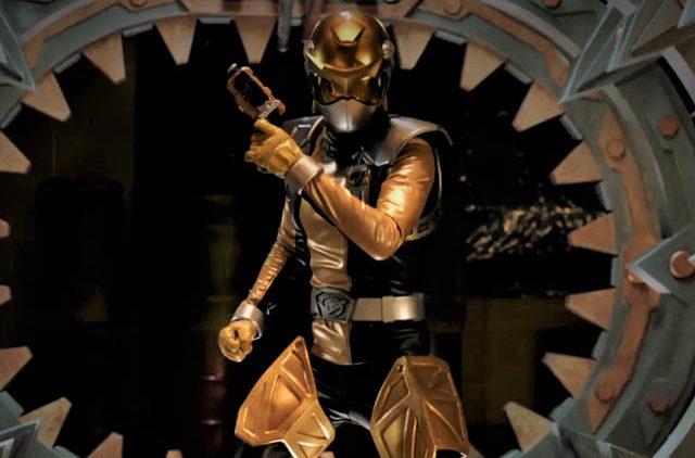 power rangers beast morphers gold ranger revealed the nerdy power rangers beast morphers gold